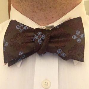 Adjustable Self Tie Bow Tie